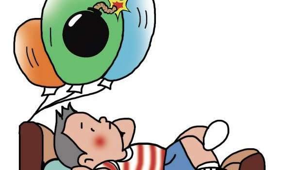 卖气球小贩氢气罐突然爆炸 致双眼重伤
