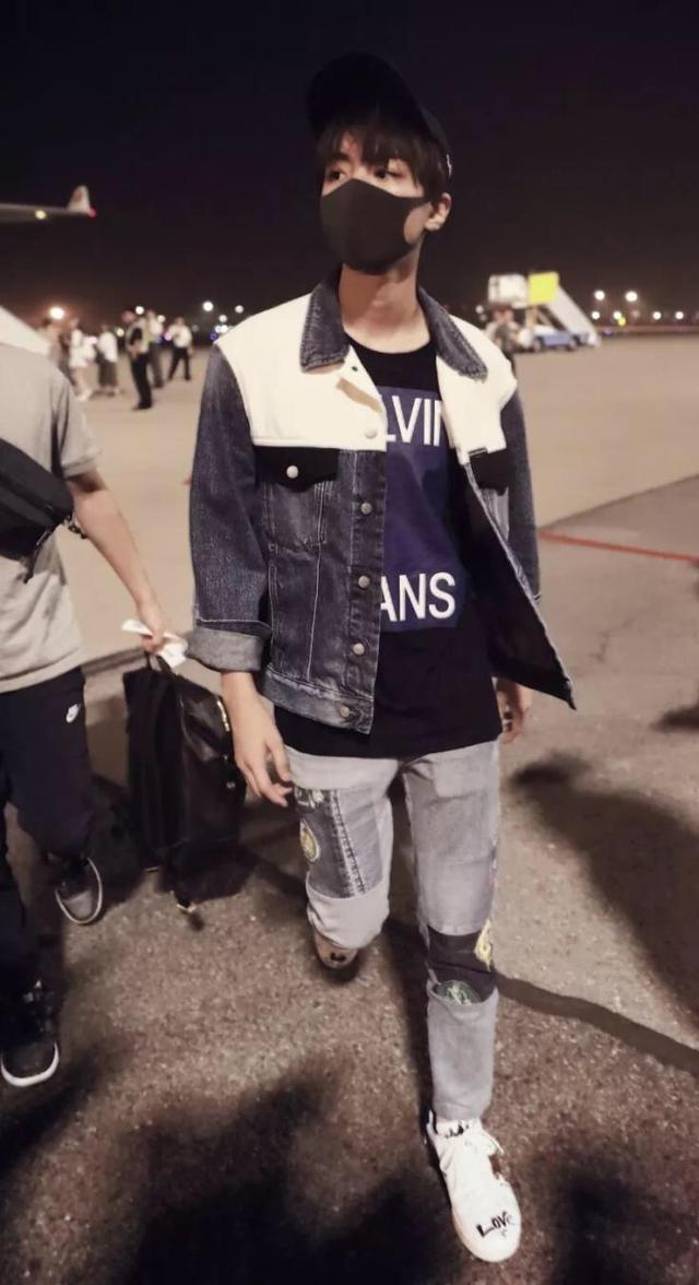 王俊凯为王源改航班,还帮易烊千玺做了这件事,太暖了!