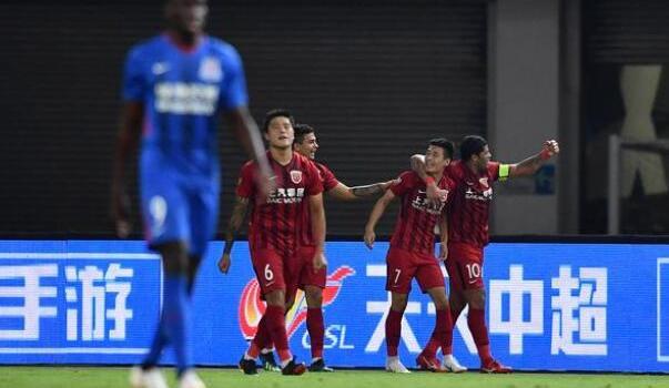 上港2-0双杀申花,武磊世界波,加冕中超历史射手王
