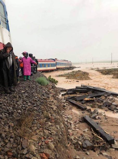 蒙古国列车脱轨是怎么回事?蒙古国列车脱轨现场原因真相揭秘