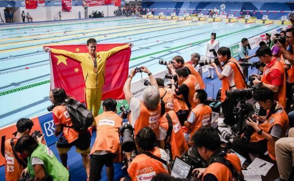孙杨要求重新升国旗:必须再来一遍完整澳门银河手机版官网国歌