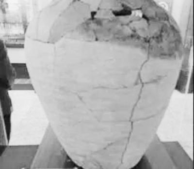 两千年前的酿酒缸