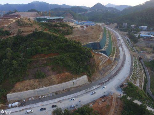 沈海高速公路复线罗溪收费站连接线预计年底通车