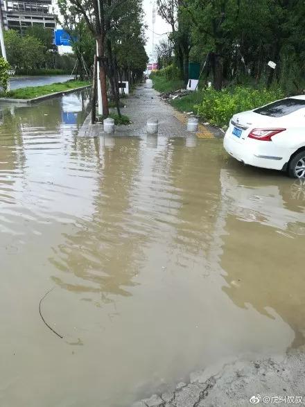 警报!福州启动城区防暴雨4级响应!泉州厦门龙岩已经成这样了!