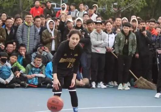 《这就是灌篮》女裁判亓浩是谁 她被称为中国最美女裁判!