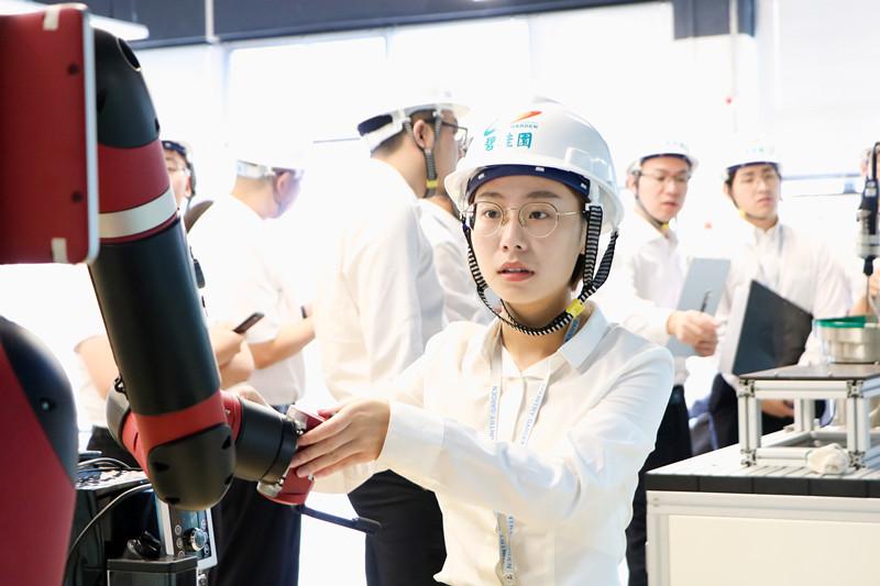 碧桂园进军智能制造领域,首项目广东机器人谷签约落地