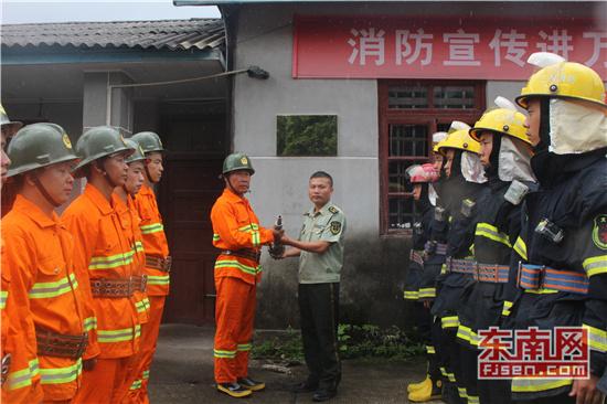 三明市首个小型消防站在明溪正式建成投用