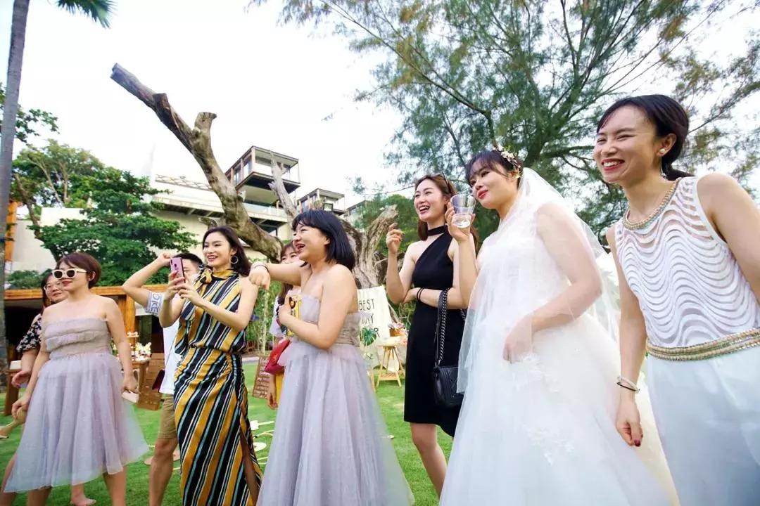 ca88亚洲城手机版【官方ca88亚洲城手机版下载】_从接亲high到晚宴!抖音控的游戏婚礼了解一下?