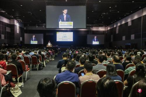 新加坡多数雇员雇主认为 掌握华文在职场有优势