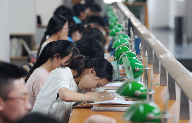大学社团花那样多 新生到底该如何选择?