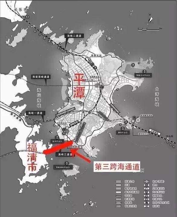 6公里长的海底隧道下穿海坛海峡,于福清三山处接上滨海大通道,经龙田