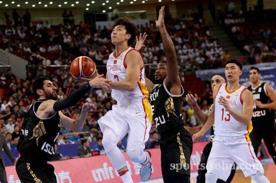 中国男篮vs约旦完成大逆转结束三连败 周湛东进入大名单