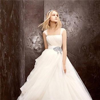 新娘婚紗精美款式介紹 如何選合適的新娘婚紗