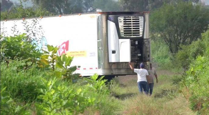 墨西哥停尸卡车停放的都是尸体吗?尸体为什么会被随意装卡车里?