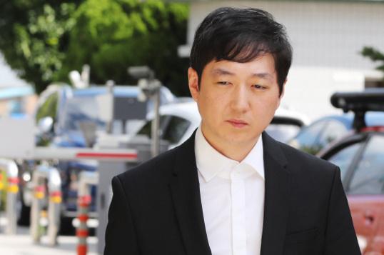 韩国短道教练暴打沈石溪等队员 被判入狱10个月
