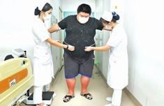 """超400斤!""""福建第一胖""""想减重"""