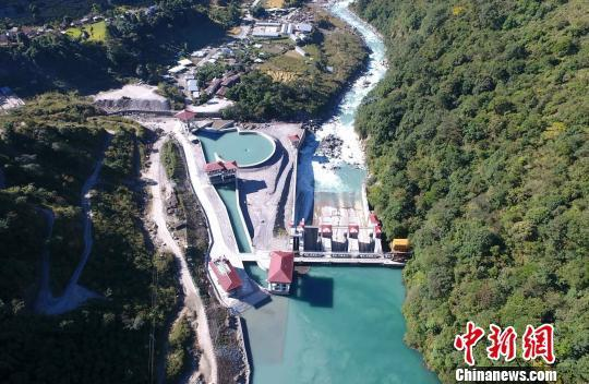 """尼泊尔把25亿美元水电大单""""还""""给中企 奥利当选尼泊尔总理是主要原因?"""