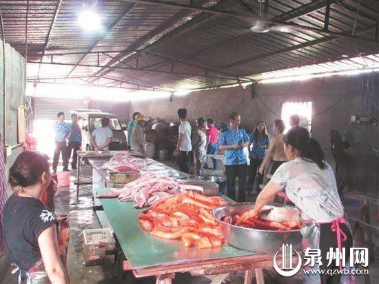 存放不明食品添加剂 晋江取缔一肉制品非法加工点