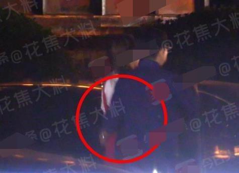 李湘老公搂朋友女友画面被曝光 李湘发飙两个字滚蛋很圈粉