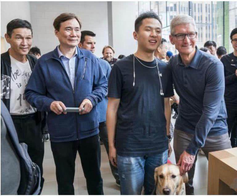 库克又来中国,这次谈的最多的是iPhone拍照