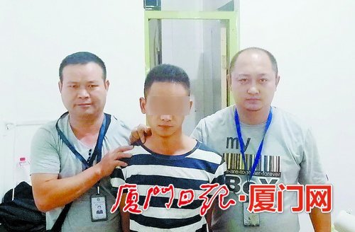 酒后飞起一脚踹向警用摩托车 男子被行政拘留10日