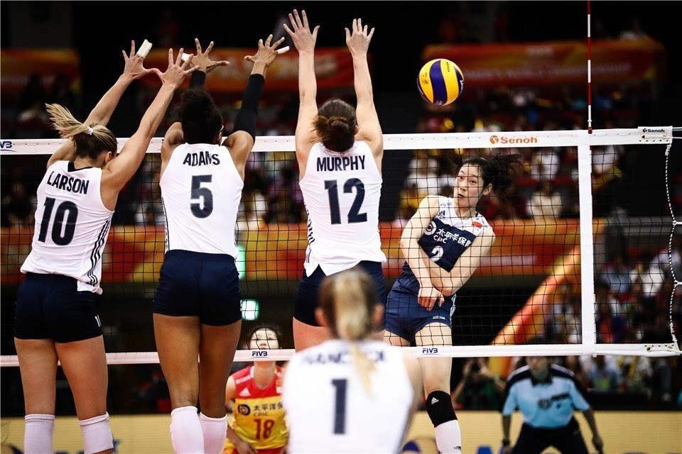中国女排战胜美国队比分3-2逆转 李盈莹立功