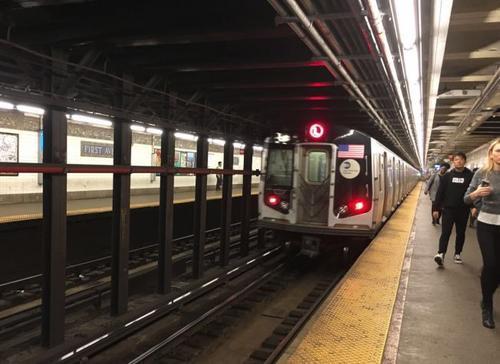 紐約大學18歲中國留學生地鐵站跳軌當場身亡