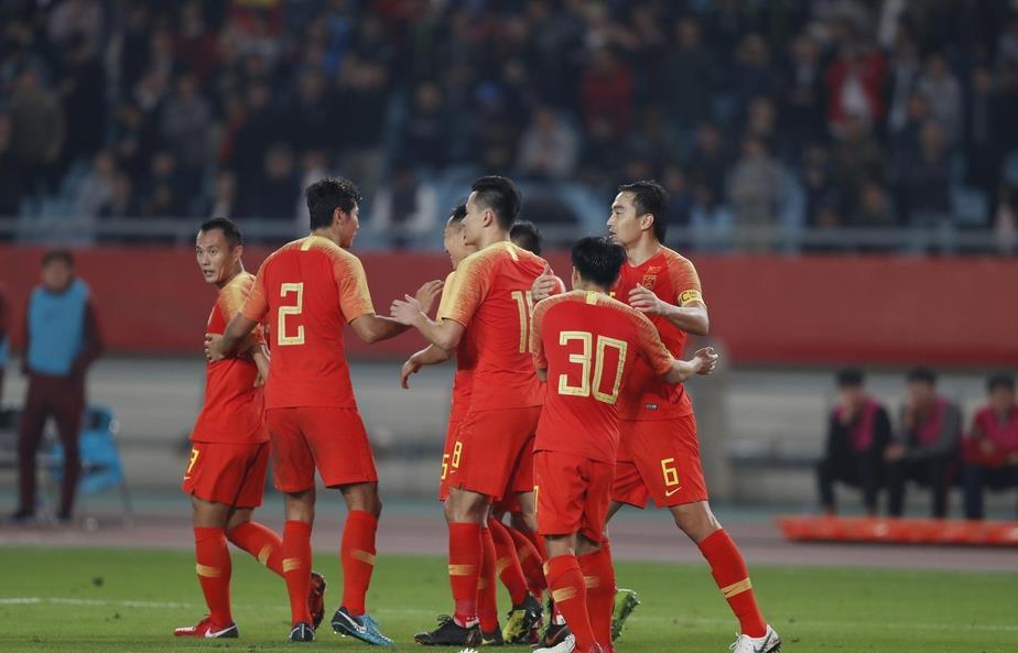 国足VS叙利亚热身赛2-0获胜 报了被夺走淘汰赛的资格一箭之仇