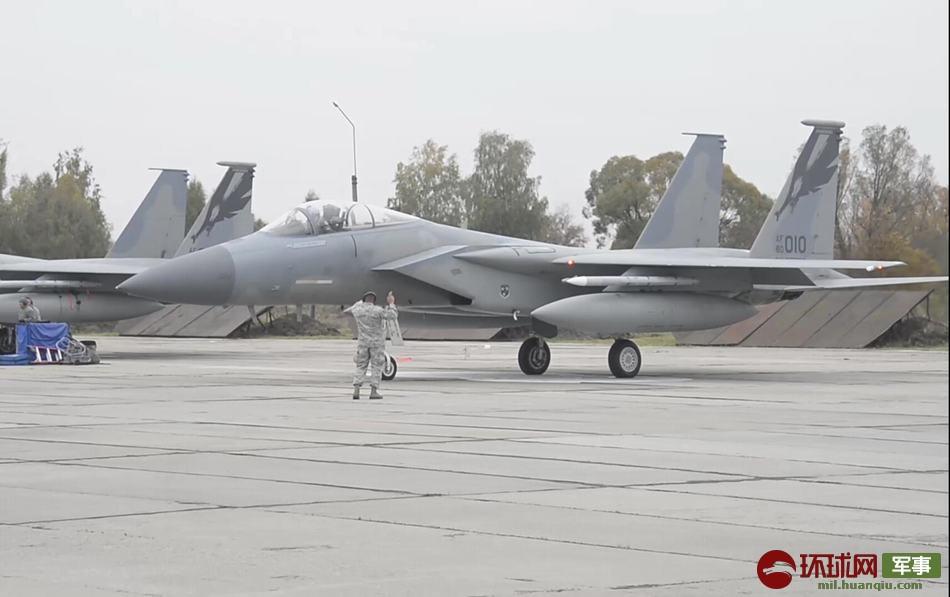 乌克兰战机坠毁现场图片曝光 坠毁原因是什么飞行员有事么?