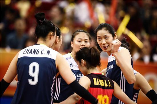 荷兰主帅:郎平是全世界最好的教练 中国人才辈出