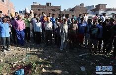 印度火车冲入人群怎么回事?印度火车冲入人群详情曝光已致61死