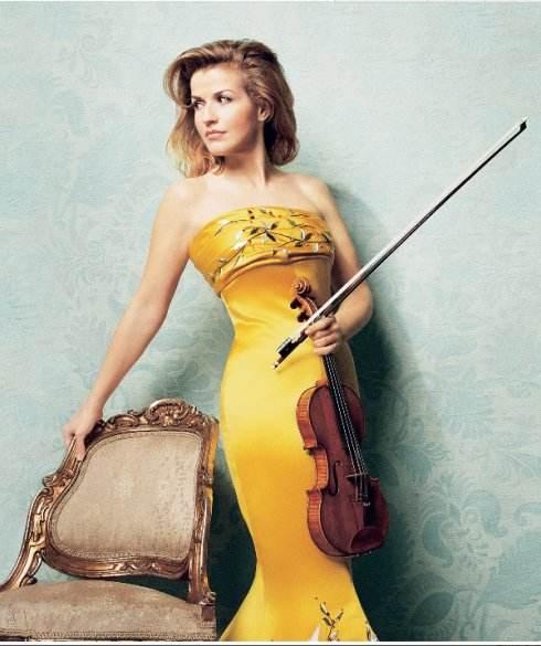古典音乐界的时尚女魔头穆特将亮相海峡文化艺术中心