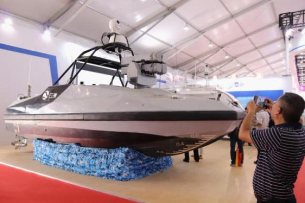 首艘导弹无人艇怎么回事 导弹无人艇图片作战优势是什么
