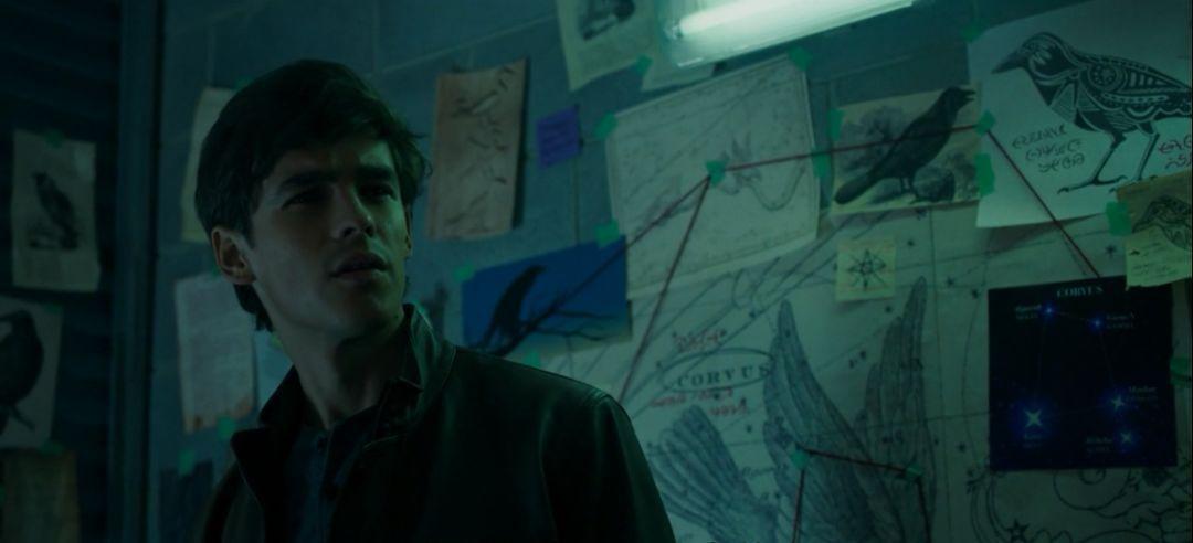 DC暗黑R级暴力片《泰坦》上映 以暴制暴场景幽冥