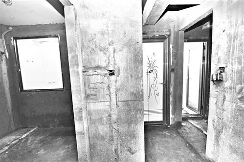 福州一套房竟隔出9个卫生间