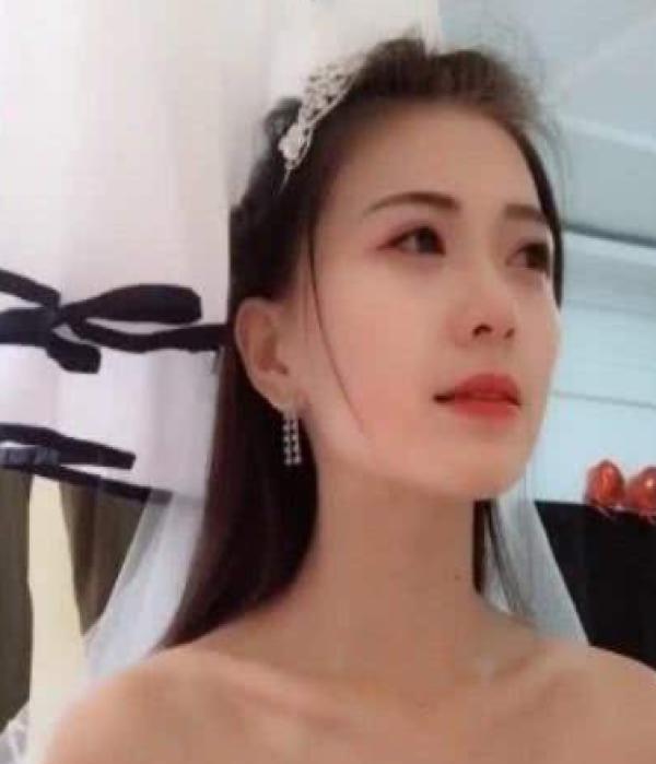 """""""玉人新娘""""婚纱出不测 瞧见身段的那刻不淡定"""