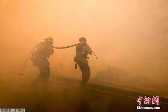 美南加州6名中国留学生撤离火灾区 抵达安全地点