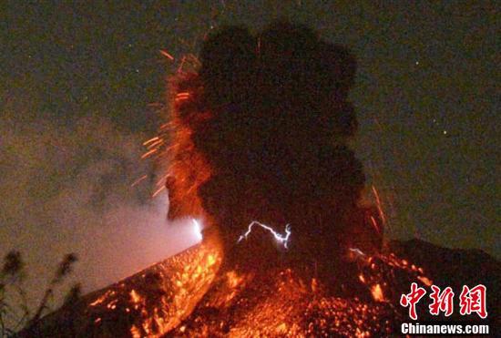 日本樱岛火山喷发怎样回事 日本樱岛火山喷发明场图曝光