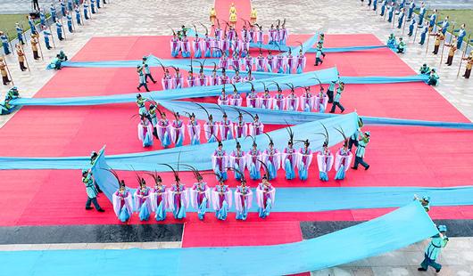 福建湄洲岛:妈祖祭典上演