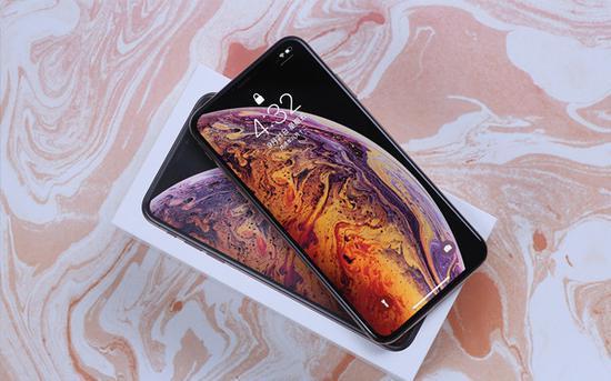 惊喜!2019新iPhone或增加屏下指纹 效果图曝光
