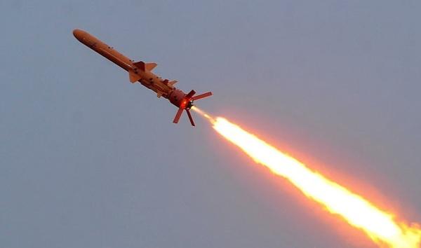 现场曝光!乌克兰向黑海空域试射8枚巡航导弹