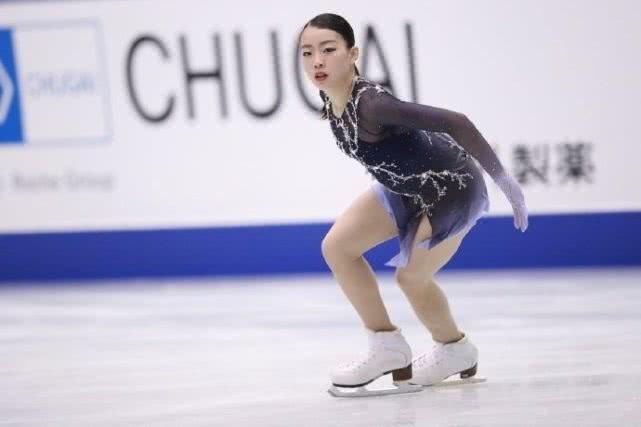 花滑大奖赛总决赛女单日俄争霸 纪平梨花PK扎吉托娃