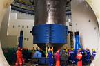 福清核电6号机组压力容器成功吊装就位