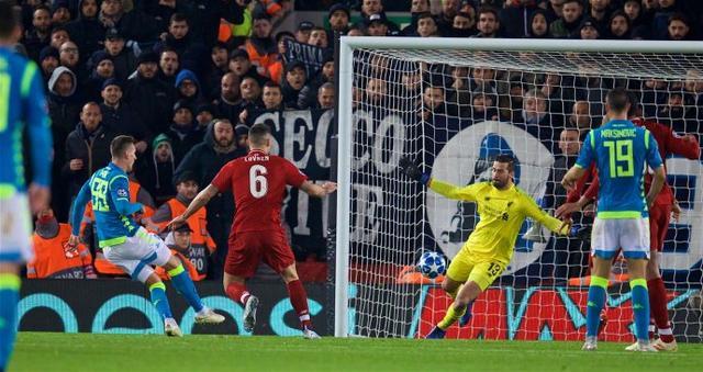 利物浦进欧冠16强 阿利松92分钟神扑救证明了何是最贵门将