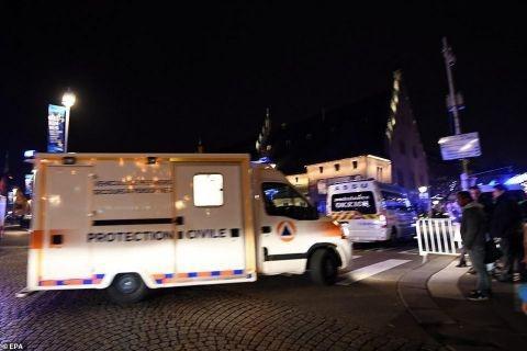 法国圣诞集市枪击是怎么回事 已致4死11重伤