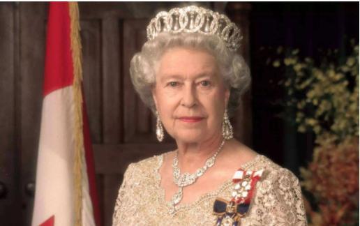 菲利普放弃王储迎娶英国女王 童话般的婚姻是女王隐忍才换来的