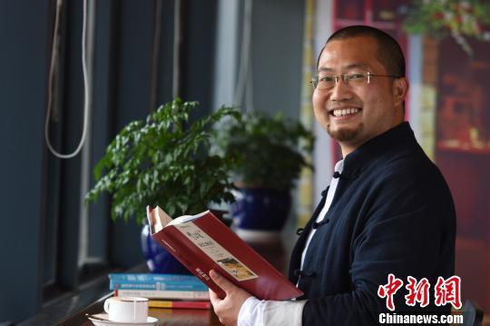 """青年科学家陈涛:科研需要深挖矿 可让材料变""""聪明"""""""