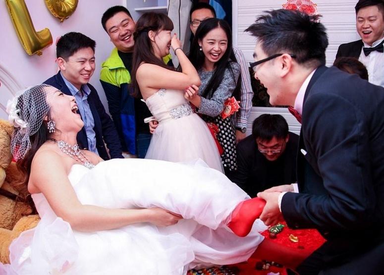 参加婚礼有什么忌讳?婚礼不能穿的颜色