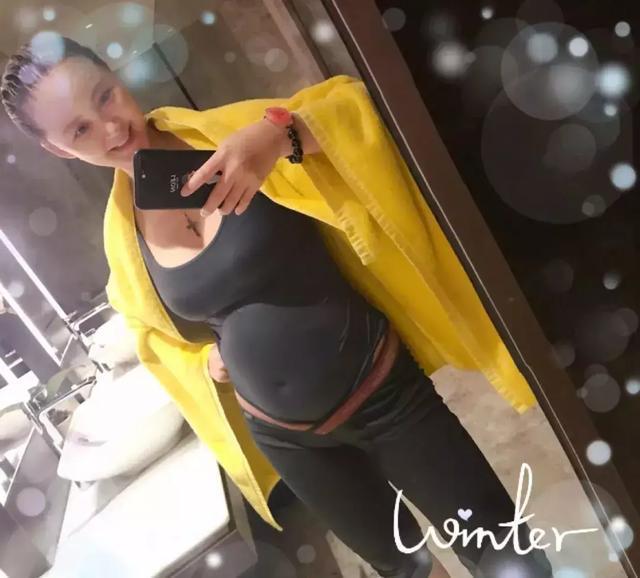 张歆艺晒有身前后对对照,孕前身材修长,孕后跟之前差别大