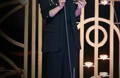 杨紫打败热巴,获星光盛典年度人气女演员,网友:实至名归